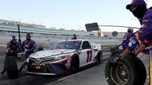 Caution comes at wrong time for Denny Hamlin at Las Vegas