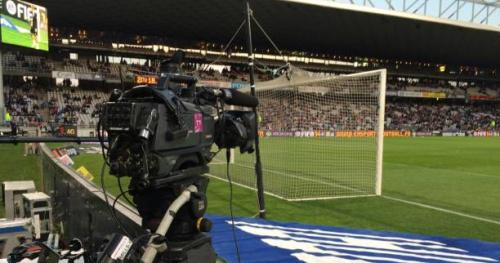 Foot - C. Ligue - 38 diffuseurs pour la finale de la Coupe de la Ligue