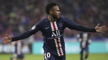 Neymar rescues PSG again with game-winning goal