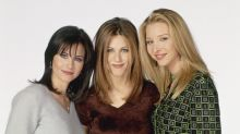 Courteney Cox Celebrates 55th Birthday With 'Friends' Co-Stars Jennifer Aniston and Lisa Kudrow