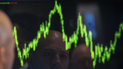 Stock rise ahead of crowded earnings week