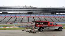 NASCAR at Texas live updates: Bad news for the race ... mist and rain have returned