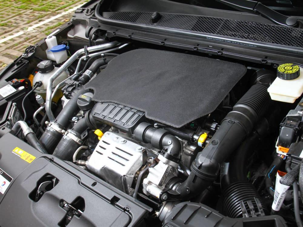 搭載了一具1.2升EB2DTS直列橫置三缸渦輪增壓汽油引擎,能輸出130hp/23.45kgm。