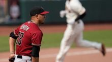 Yastrzemski homers on 30th birthday, Giants beat D'backs 6-1