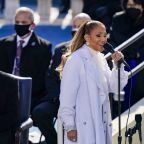 Jennifer Lopez shares unifying message during bilingual inauguration performance