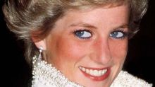 This is why Princess Diana stopped wearing blue eyeliner