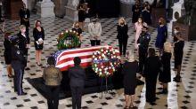 Etats-Unis : le coach de la juge Ruth Bader Ginsburg lui rend un dernier hommage avec une série de pompes