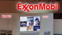 Exxon Mobil, Shell among groups to build five Pakistan LNG terminals