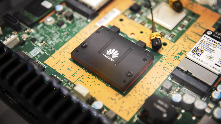 Trump'sThrottling of Huawei Could Backfire on U.S. Tech