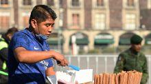 Hombre sin estudios ni trabajo, el perfil más afectado por COVID-19 en México