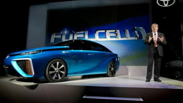 CES 2014 Offers a Glimpse Into This Year's Innovative Technology Products