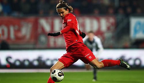 Bundesliga: Medien: Bayern und der BVB haben Enes Ünal im Visier