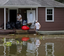 Thousands still in shelters after record Louisiana floods