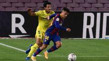 ¡VIRAL! Coutinho le hace un caño al árbitro en el Barcelona - Villarreal
