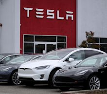 Tesla could soon sell and service its vehicles in Michigan