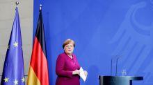 """Merkel boccia coronabond: """"Ho parlato con Conte, ci sono altri strumenti"""""""