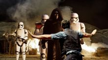Star Wars: The Force Awakens Battling Jurassic World For Box Office Record