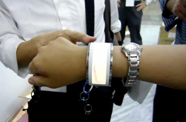 ROHM shows off flexible organic EL light tech in shiny bracelet form