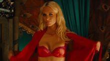 「皇家特工2」中的驚艷客串女郎是?