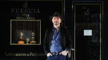 Se cansó de producir en la Argentina, emigró a Italia y fabrica perfumes de lujo