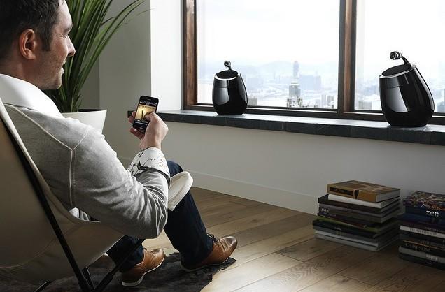 Philips Fidelio SoundSphere WiFi speakers get AirPlayed