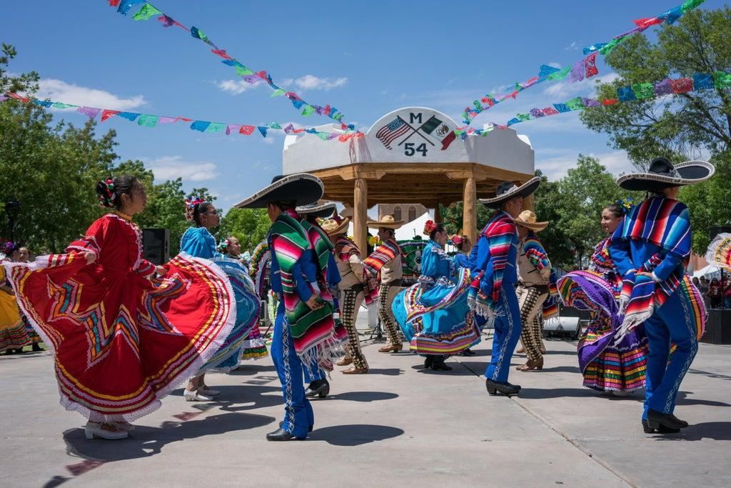 2021 Cox Cable Christmas Parade Cinco De Mayo 2021 What Is The Mexican Holiday And How Is It Celebrated