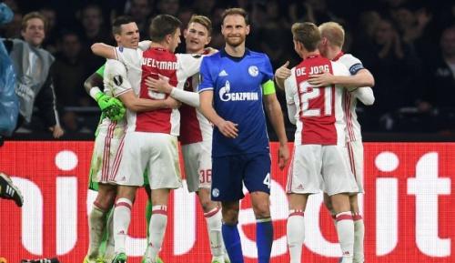 "Europa League: Höwedes: ""Hätten höher verlieren müssen"""