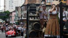 Coronavírus obriga Blumenau a cancelar maior Oktoberfest do Brasil