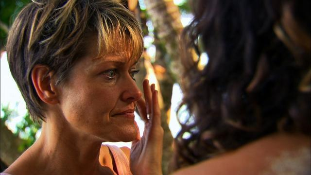 Survivor: South Pacific - Exclusive Preview: Rattled Castaway