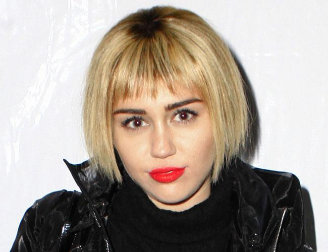 miley cyrus hair style miley cyrus ditches pixie cut and unveils a 5722
