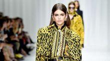 Las tops de los 90 regresan a la pasarela para homenajear a Gianni Versace
