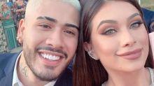 Flavia Pavanelli e Kevinho reatam namoro com beijo no casamento de Carlinhos Maia