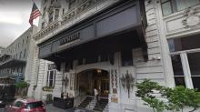 """Un hotel de lujo celebra su 125 aniversario premiando a quien le haya robado el objeto """"más absurdo"""""""