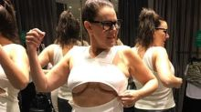 Julia Morris' hilarious 'wardrobe malfunction'