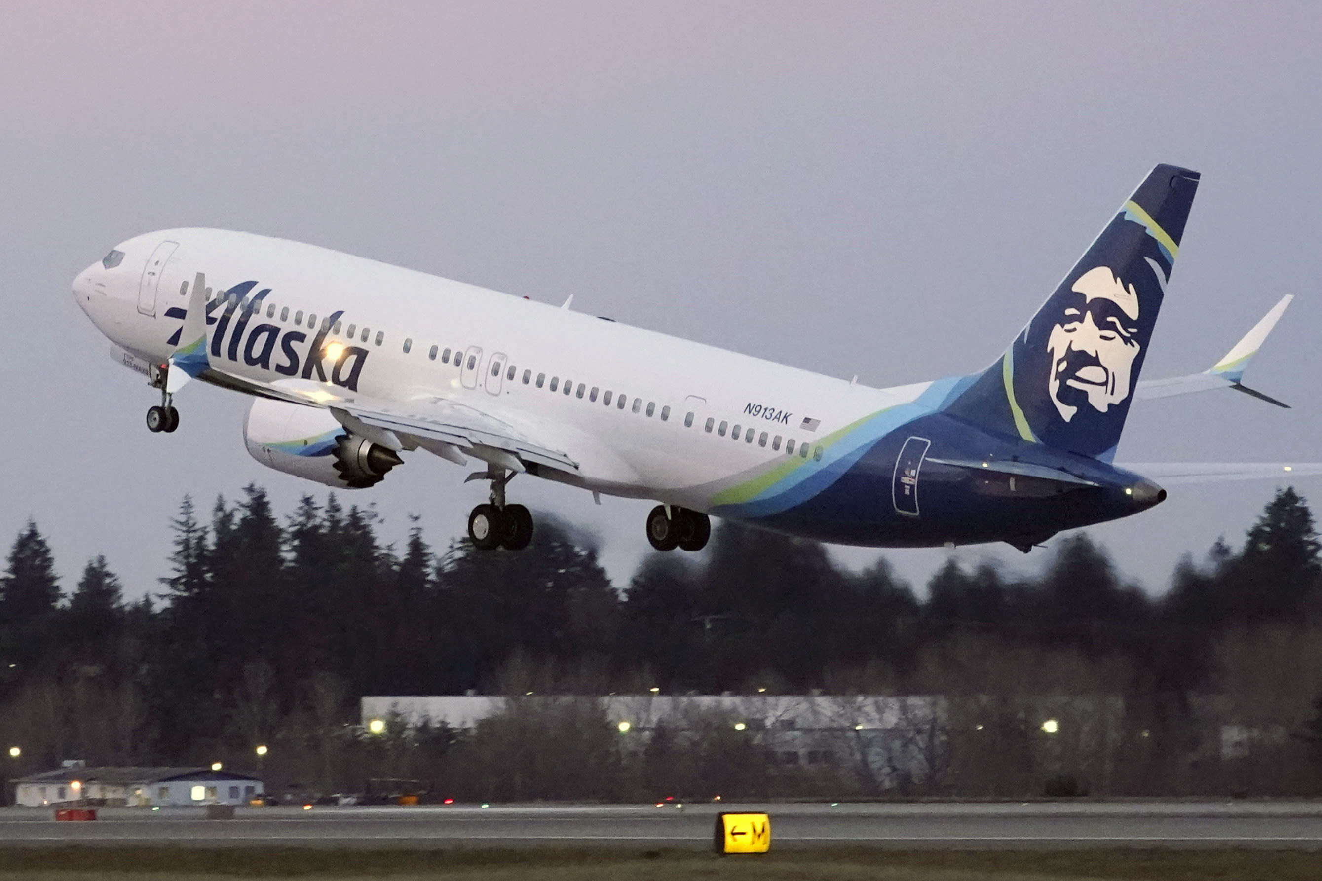 Former Boeing pilot involved in Max testing indicted