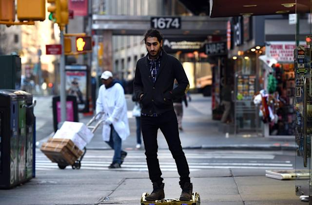 Amazon tells customers to throw out unsafe 'hoverboards'