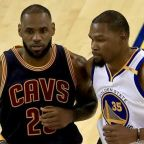 Kevin Durant on LeBron James' future: Cavs 'can't trade a legend'