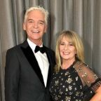 This Morning's Phillip Schofield 'hasn't discussed divorce' with wife Steph
