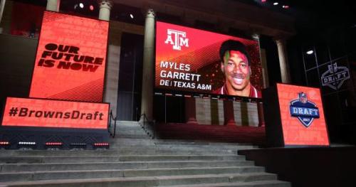 Foot US - NFL - Myles Garrett numéro 1 de la draft, à Cleveland