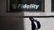 Free Fidelity Funds Stoke Price War in Bid to Catch Index Giants