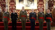 El rey se reúne con generales que asumen el mando de diversas unidades