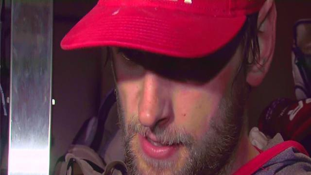 Red Wings beat Blackhawks in Game Four