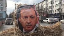 Crimean Protesters Burn Erdogan Effigy in Response to Downing of Russian Bomber