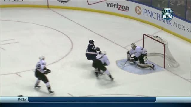 Berglund makes move and scores on Andersen