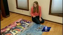 Woman puts together 24,000 piece puzzle