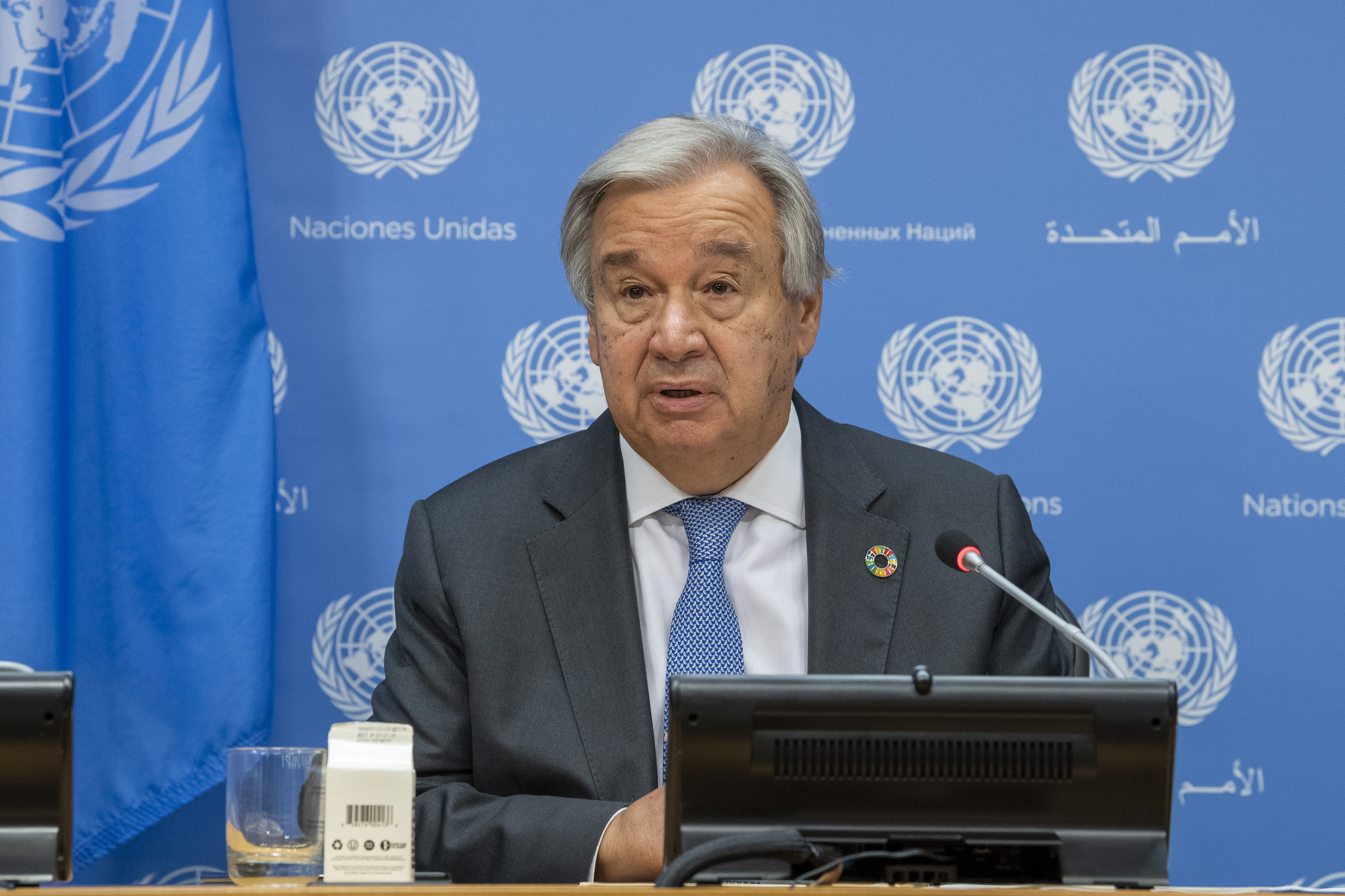UN chief: World is living in `shadow of nuclear catastrophe'