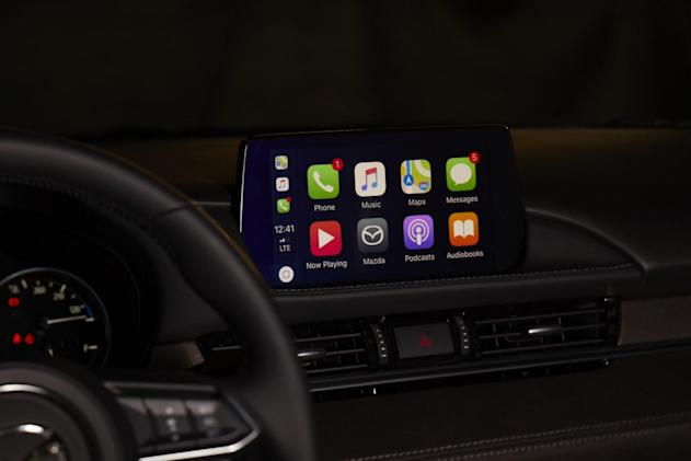 CarPlay and Android Auto now available on older Mazda models