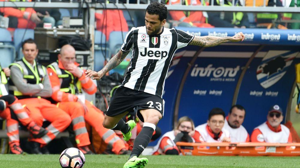 """Alves: """"Barca? Manche dort haben gigantische Egos"""""""