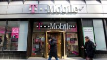 Cash Key In SoftBank-Sprint 'Knockout' Offer For T-Mobile?