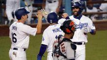 Betts homers, Dodgers beat Astros 8-1; LA fans still sore